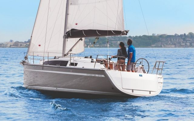 Bavaria Cruiser 34 Blue Edition