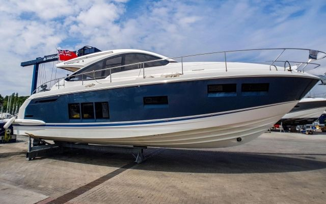 Fairline Targa 48 abierto