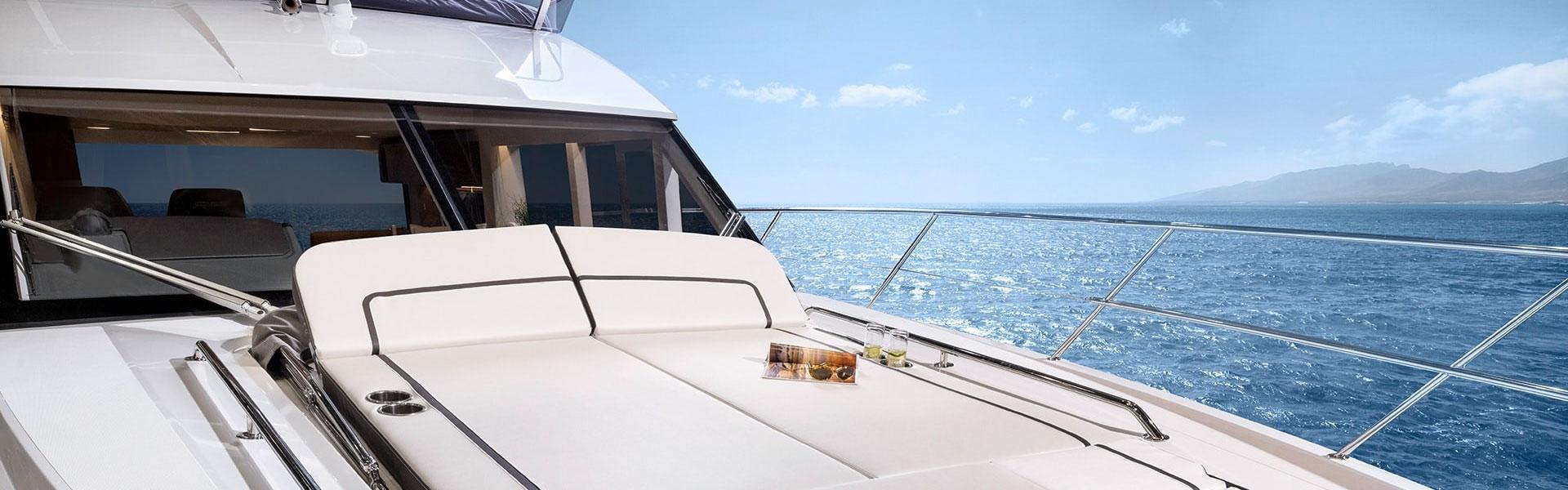 Bavaria Yachts R55 Sunbed