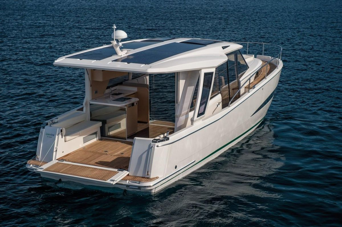 2021 Greenline 39 for sale in Gosport by Clipper Marine Spain