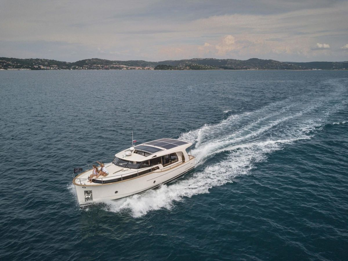 2021 Greenline 40 for sale in Gosport by Clipper Marine Spain