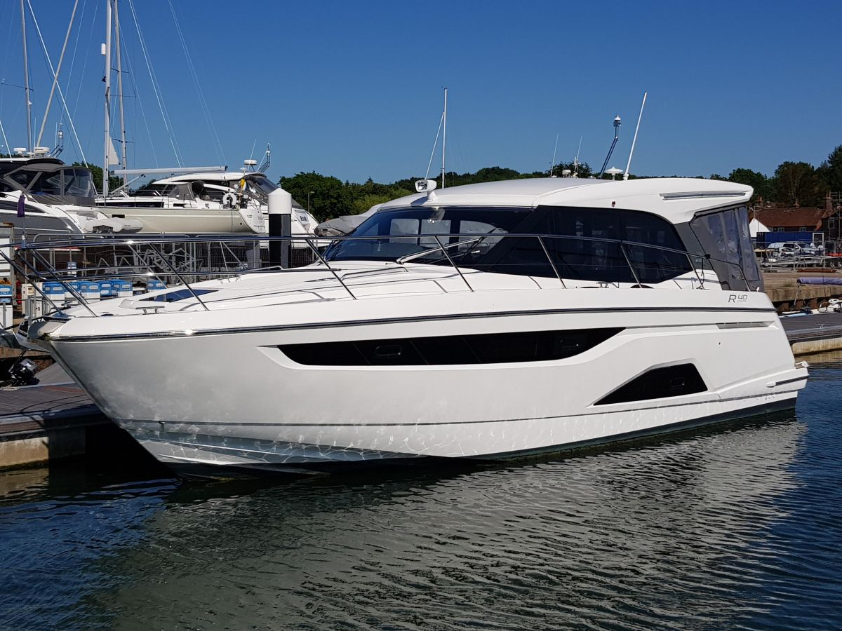 2021 Bavaria R40 Coupe for sale in Palma de Mallorca by Clipper Marine Spain