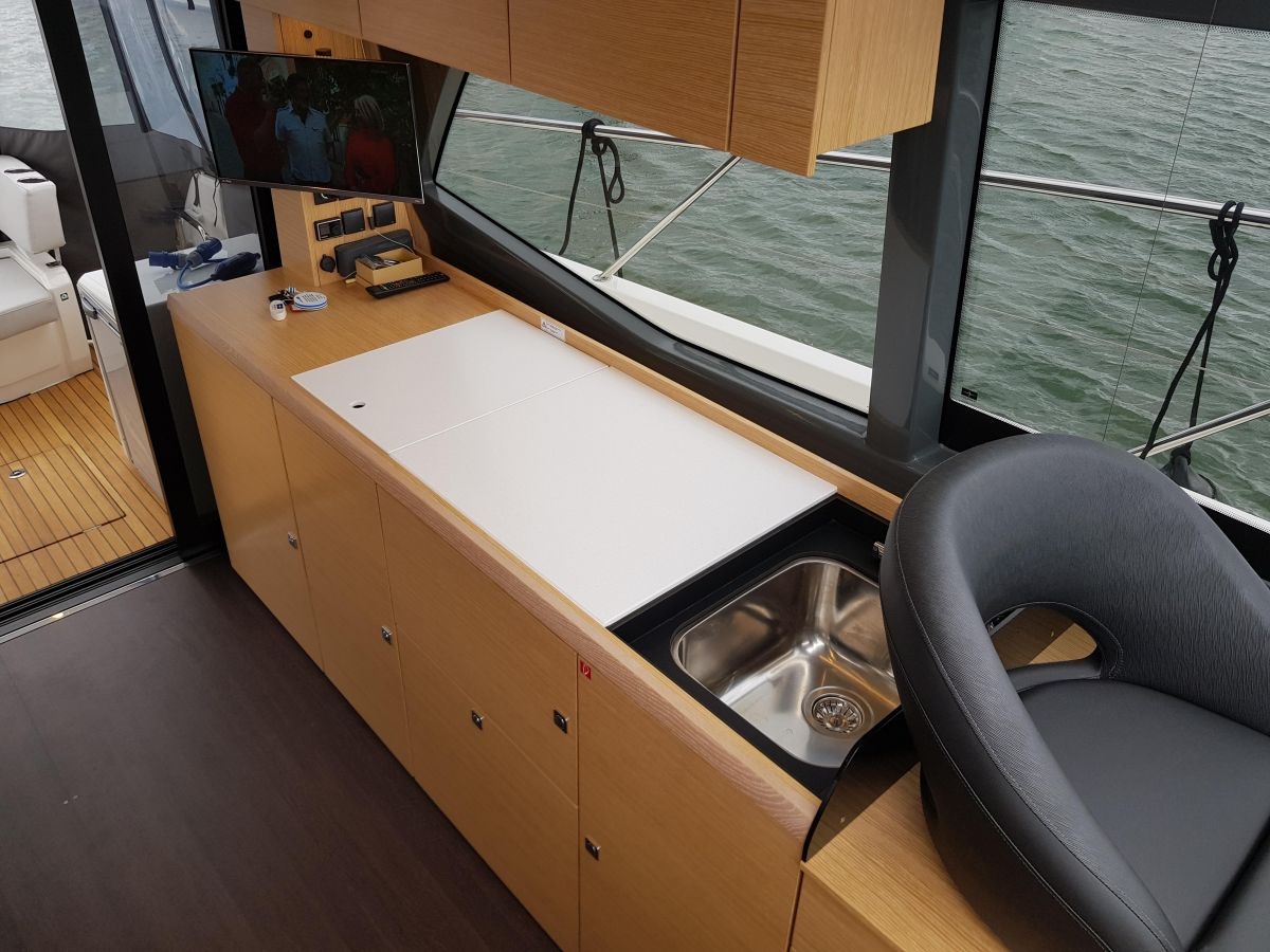 2021 Bavaria R40 Coupe Similar Vessel - The advertised boat is in build