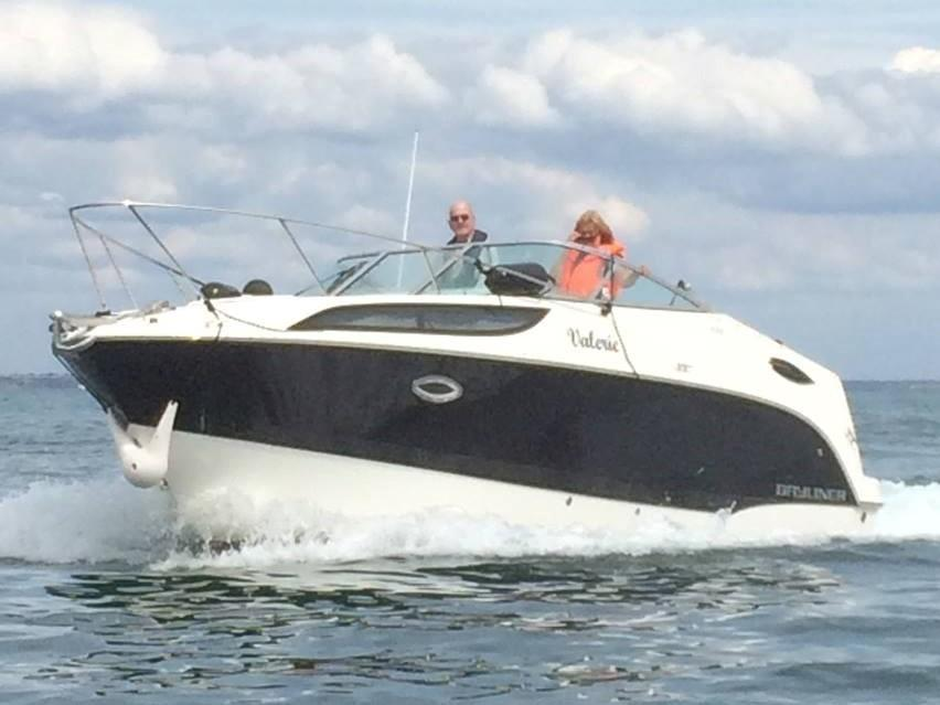 2012 Bayliner 255 Cruiser for sale in Poole by Clipper Marine Spain