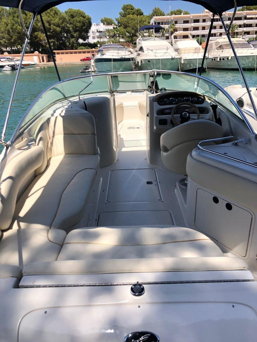 2001 Sea Ray 240 Sundeck -