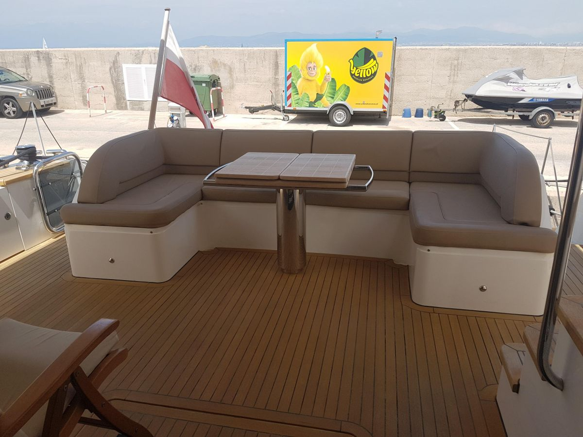 2013 Princess 72 Motor Yacht Fly