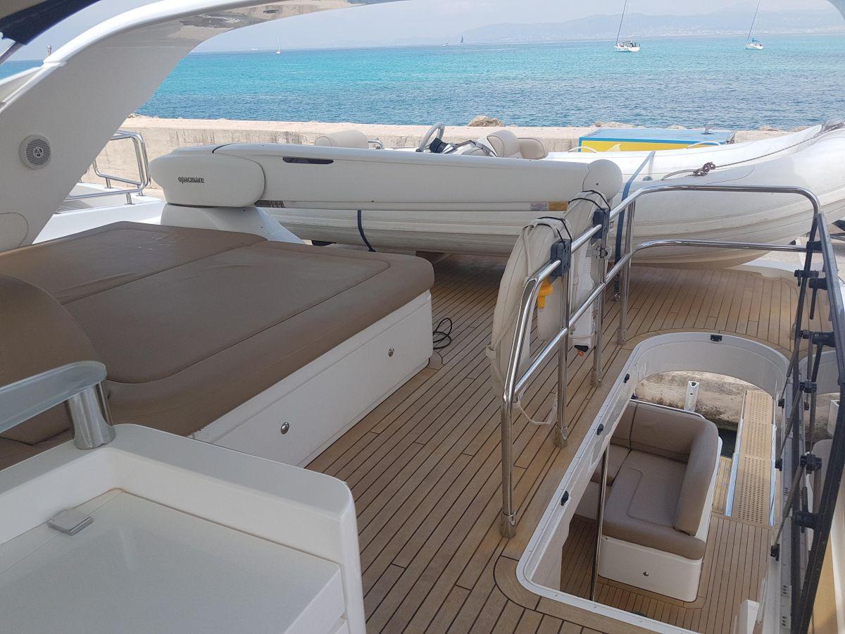 2013 Princess 72 Motor Yacht Spacious Fly