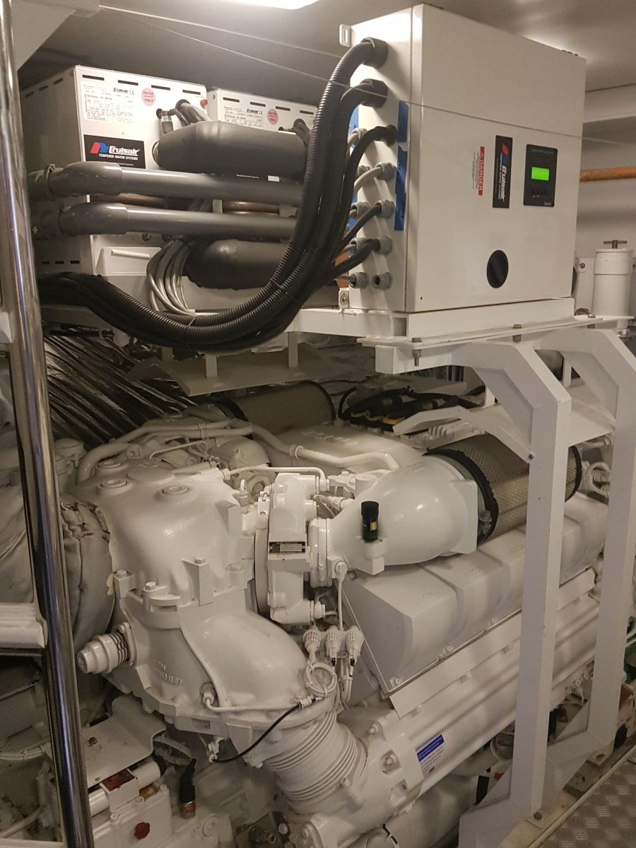2013 Princess 72 Motor Yacht Engine room