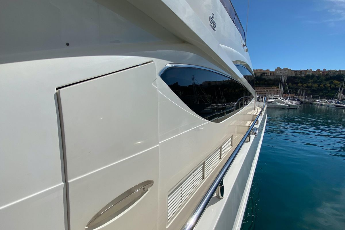 2012 Princess 85 Motor Yacht Starboard site