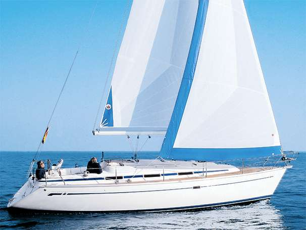 2000 Bavaria 37 for sale in Valencia by Clipper Marine Spain
