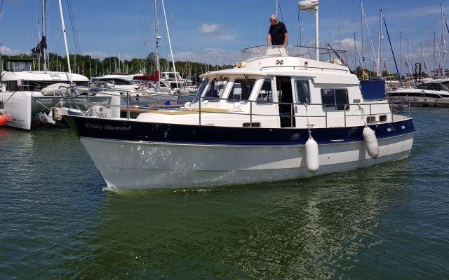 Puente volante Hardy 36 Commodore