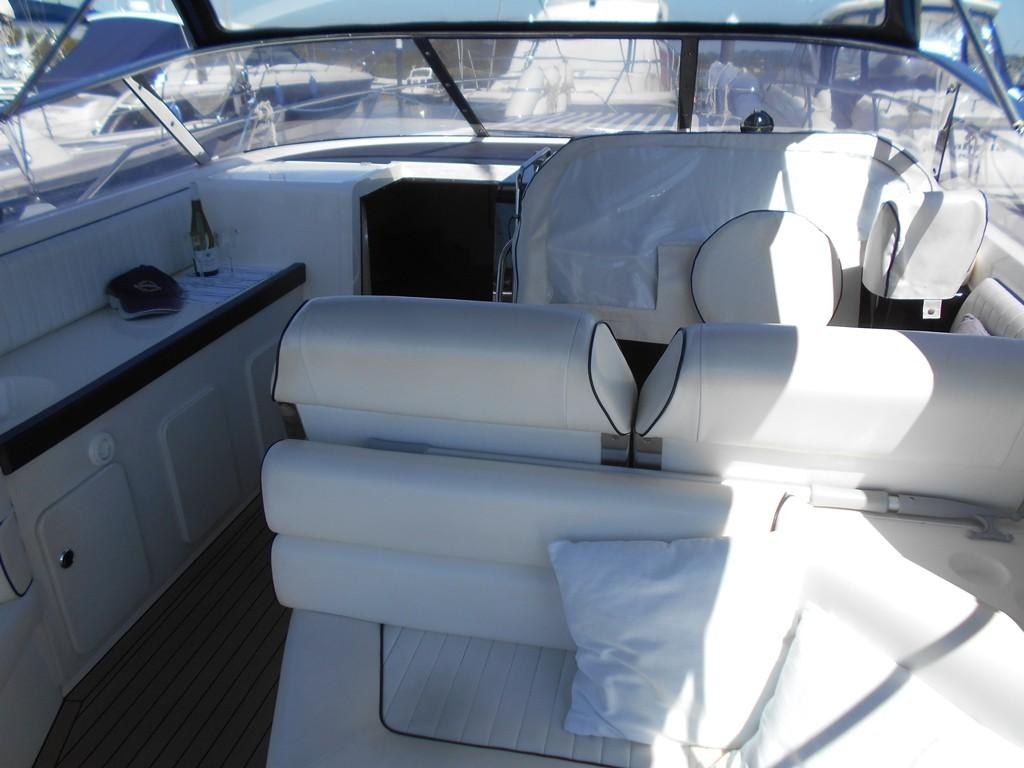 1991 Sunseeker Martinique 36 Forward Cockpit with Dash Cover