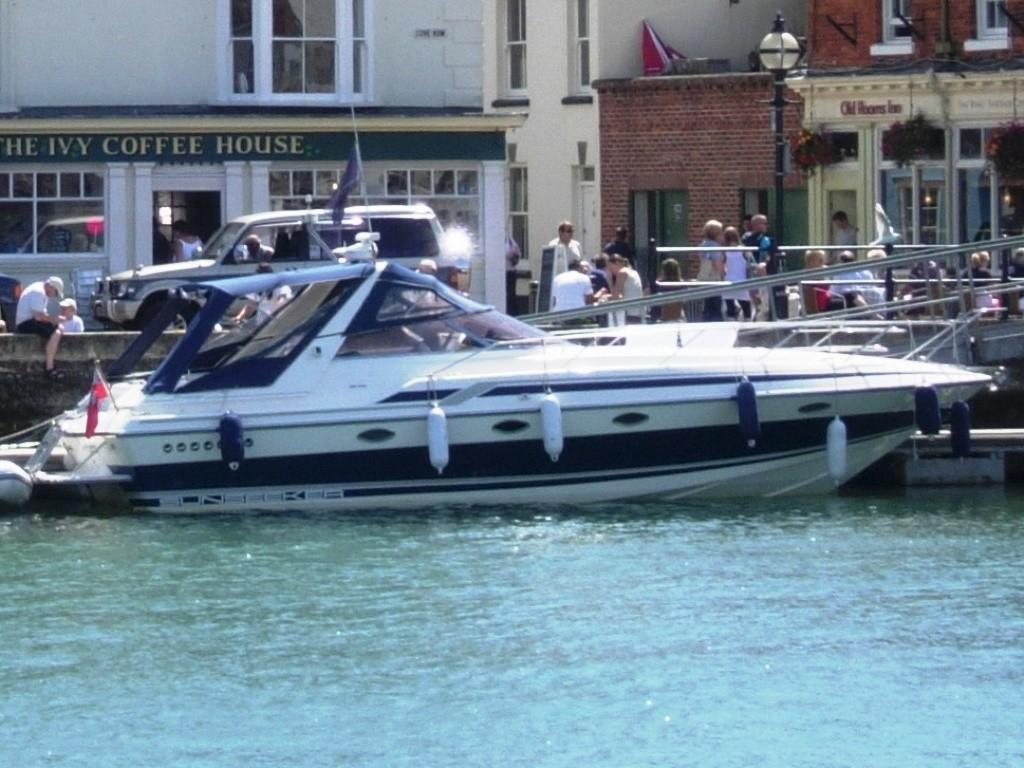 1991 Sunseeker Martinique 36 Alongside at Weymouth