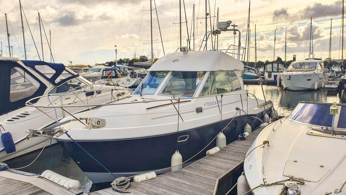 2006 Beneteau Antares 9 for sale in Poole by Clipper Marine Spain