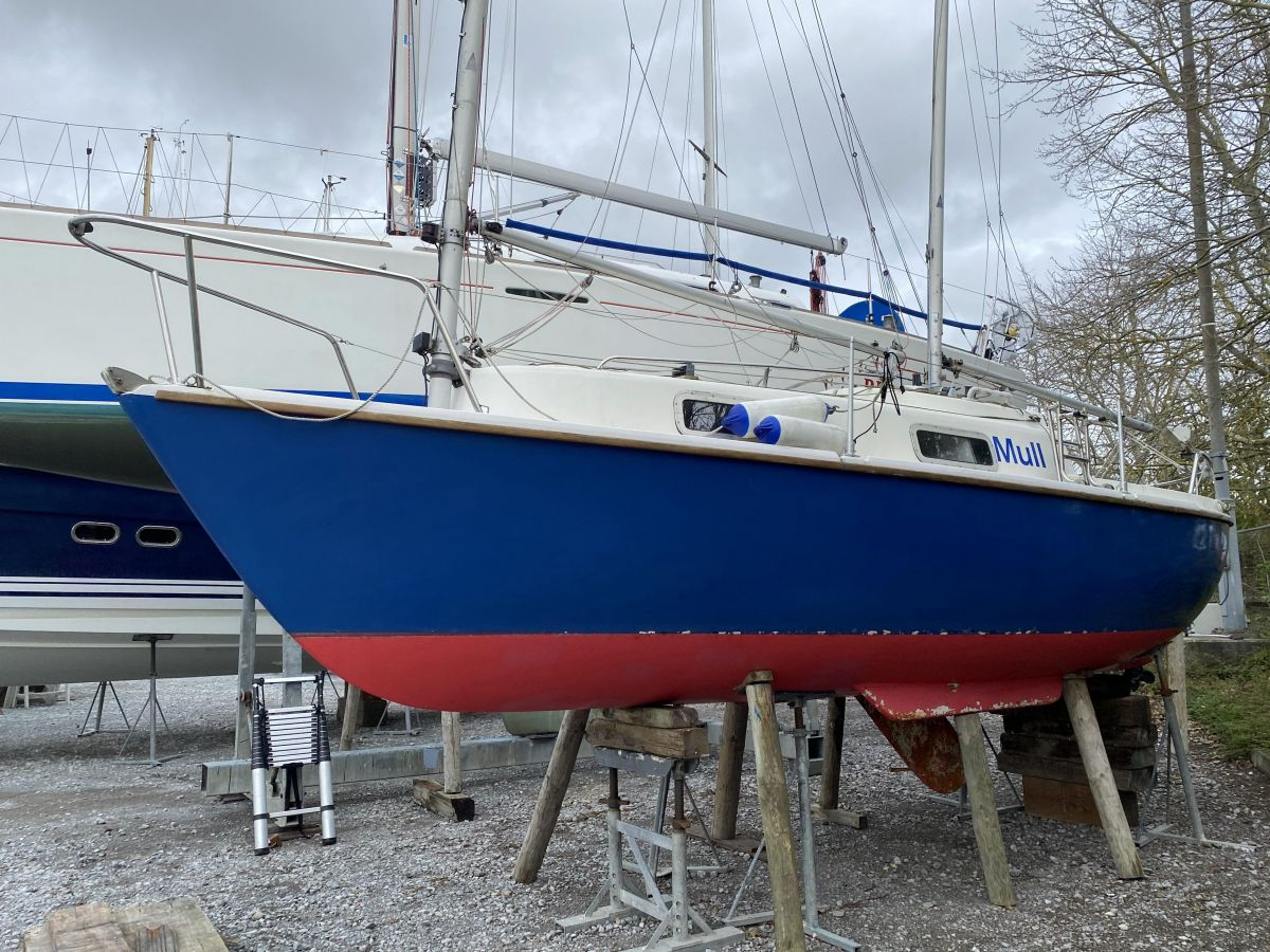 1983 Hunter Liberty 22 for sale in Port Solent by Clipper Marine Spain