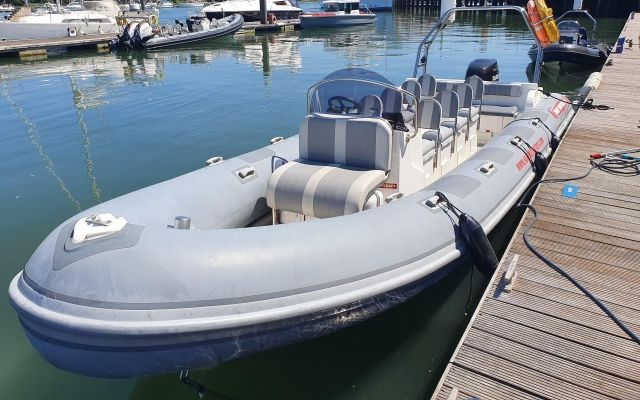 Redbay Boote Stormforce 840 Open