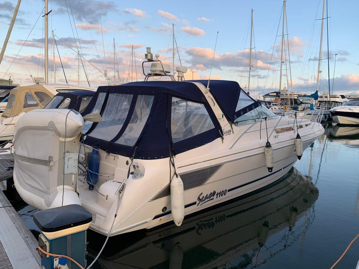 1996 Seaco 1100 for sale in Poole by Clipper Marine Spain