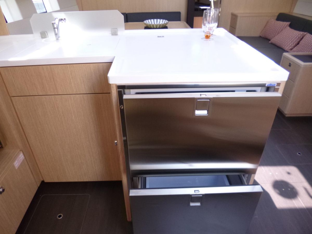 2020 Bavaria C50 Style Additional drawer fridge incl. freezer