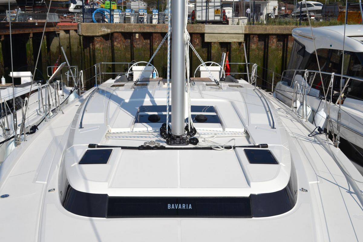 2021 Bavaria C50 Style View from bow