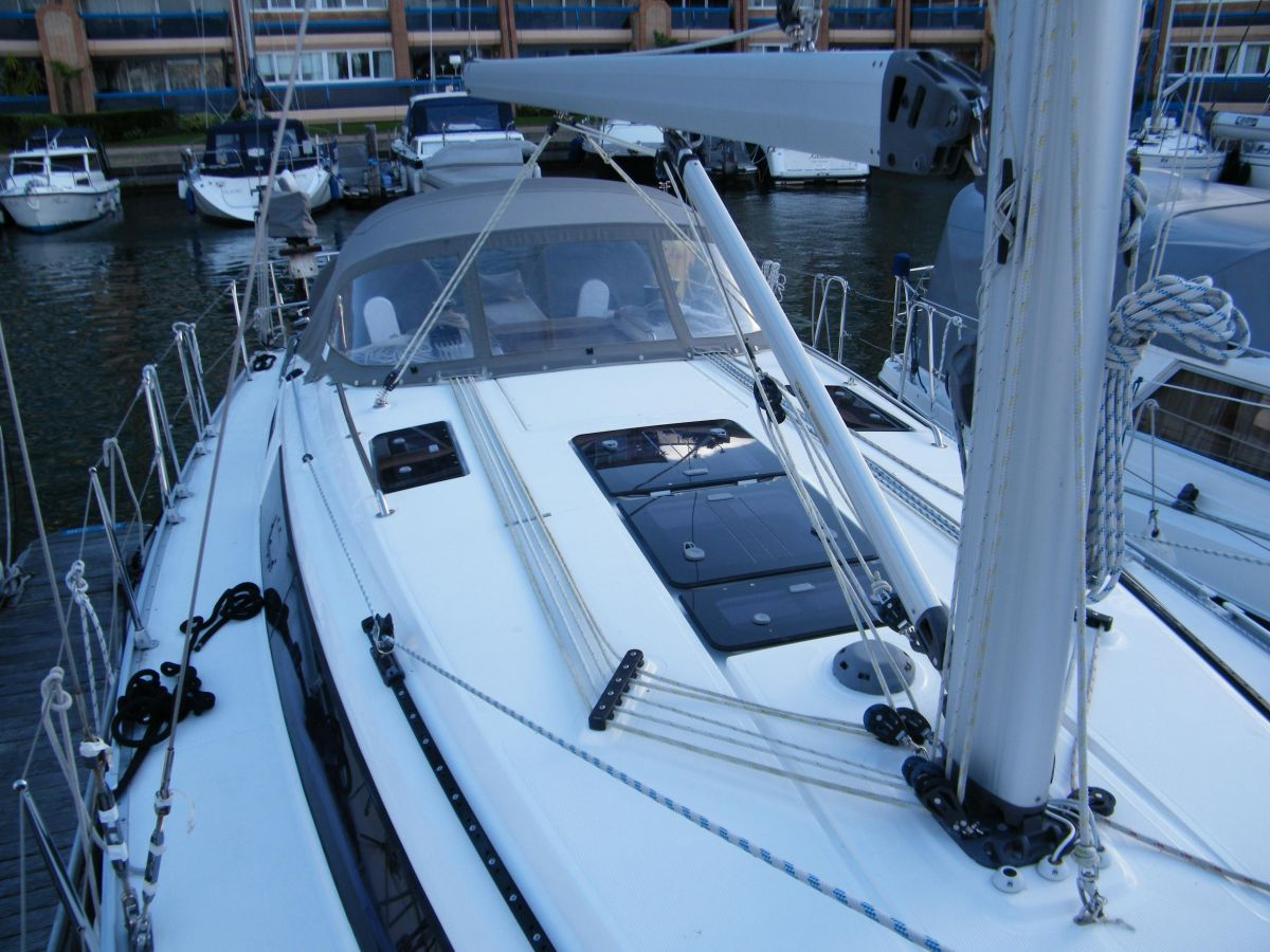 2014 Bavaria Cruiser 37 Coachroof