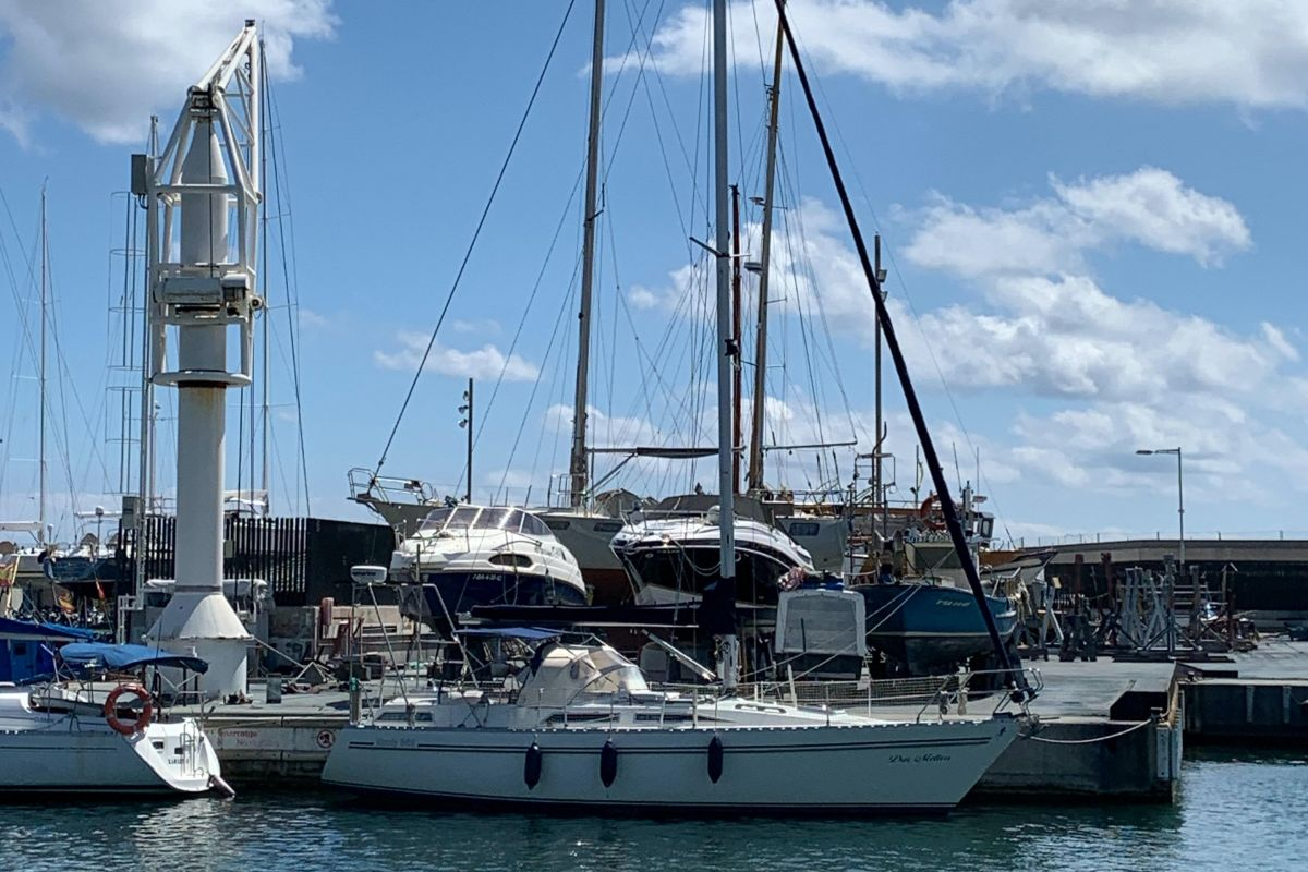 1989 Moody 346 for sale in Swanwick by Clipper Marine Spain