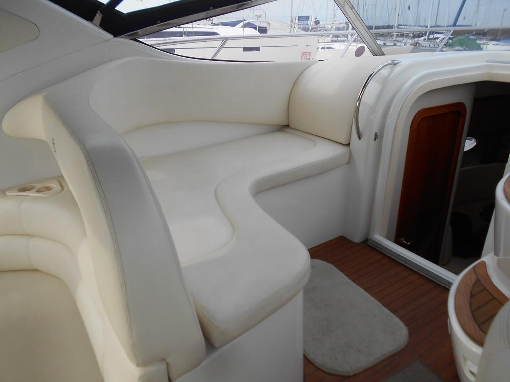 2002 Sessa Marine Oyster 40 Forward cockpit lounger/settee