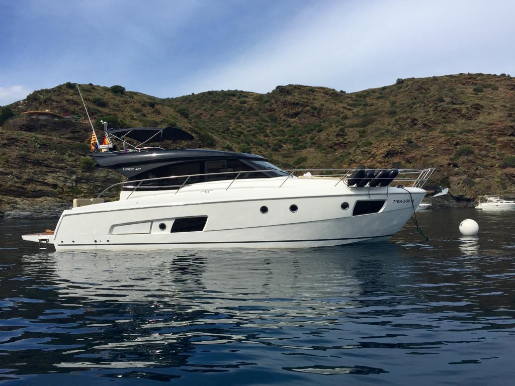 2014 Bavaria Virtess 420 Coupe for sale in El Masnou by Clipper Marine Spain