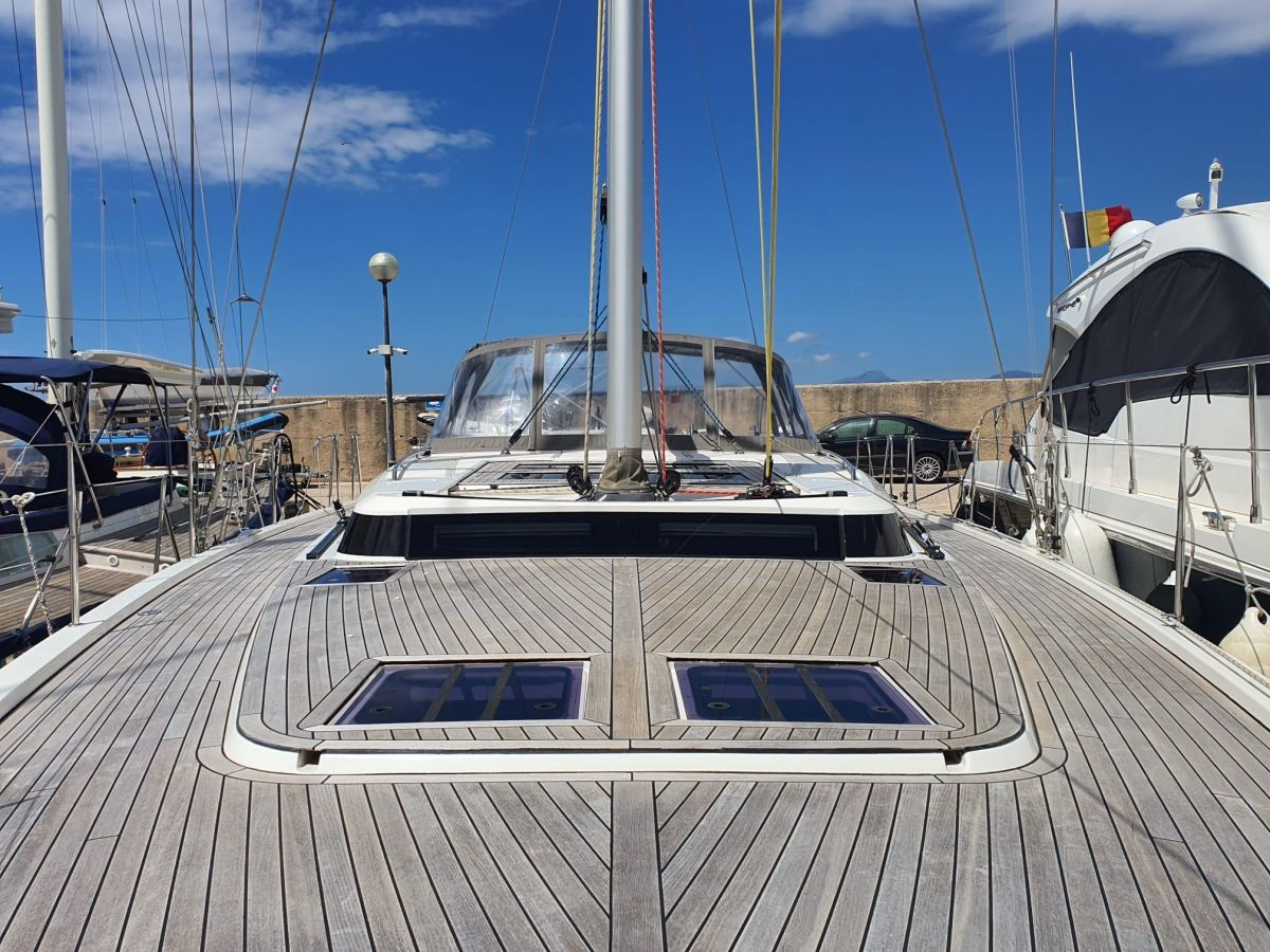 2017 Bavaria C57 View from bow
