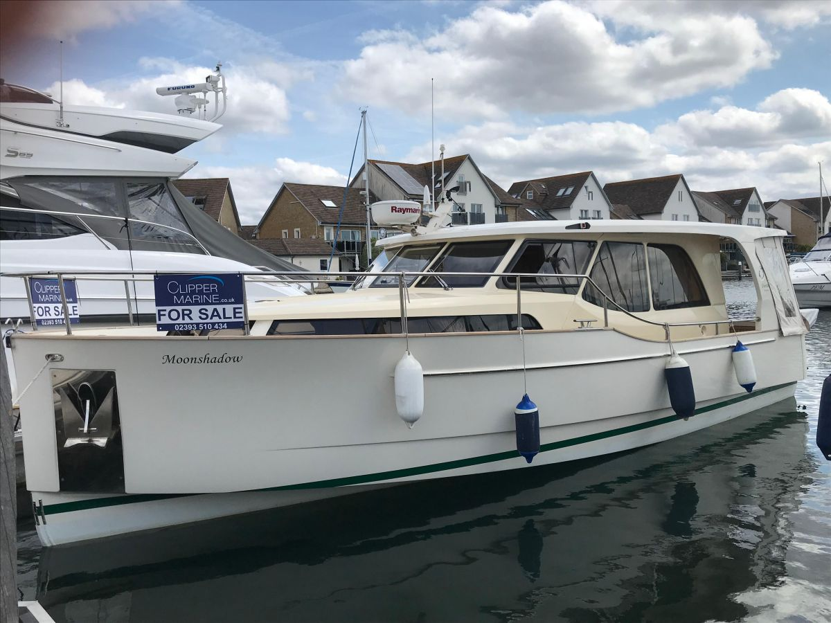 2013 Greenline 33 for sale in Port Solent by Clipper Marine Spain