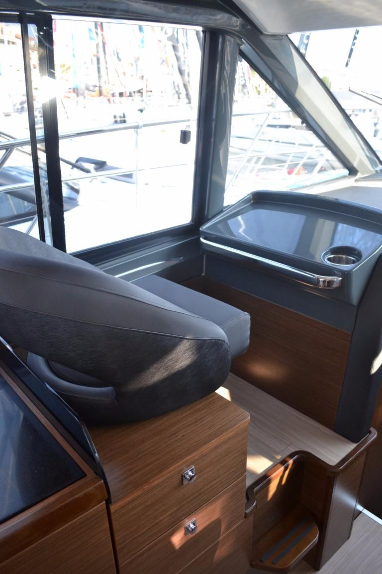 2018 Bavaria R40 Fly Port side seat of similar vessel