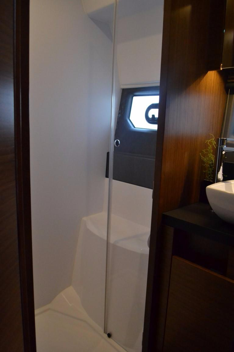 2018 Bavaria R40 Fly Master cabin shower of similar vessel