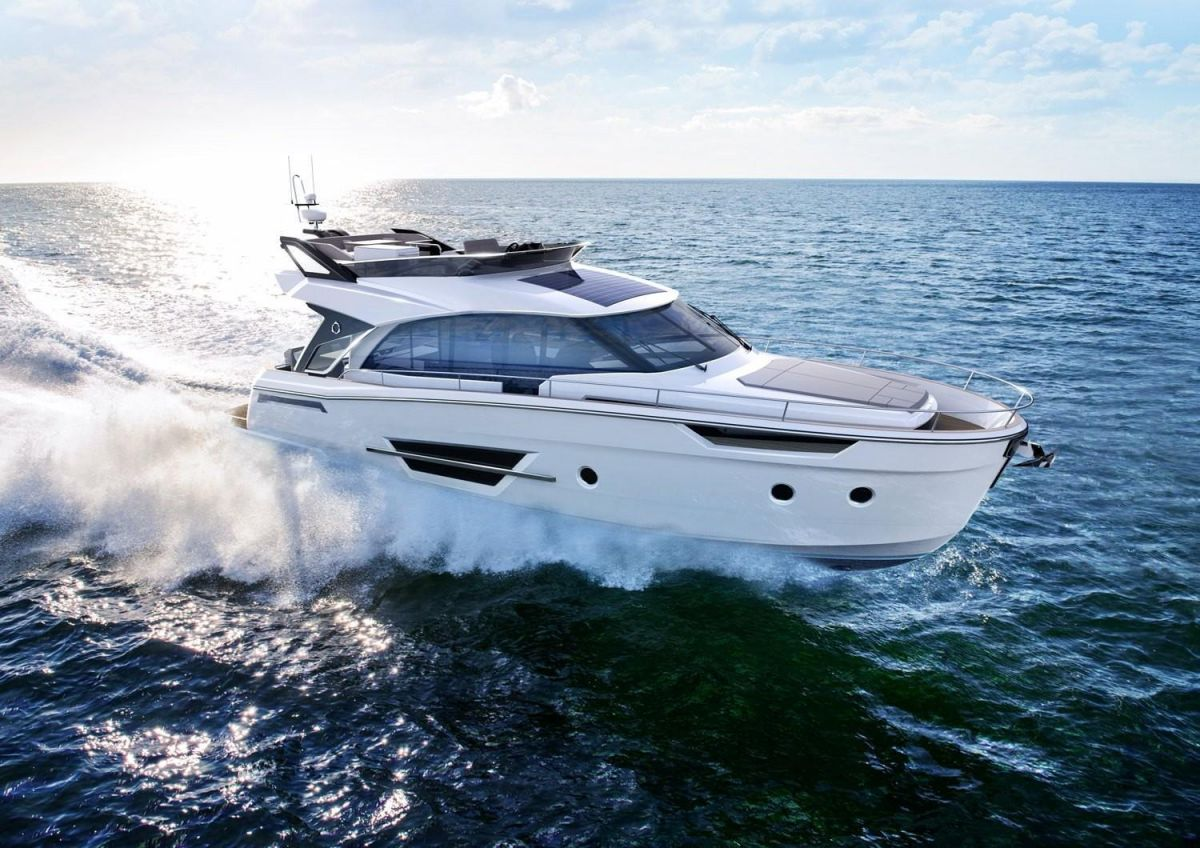 2021 Greenline 45 Fly for sale in Gosport by Clipper Marine Spain