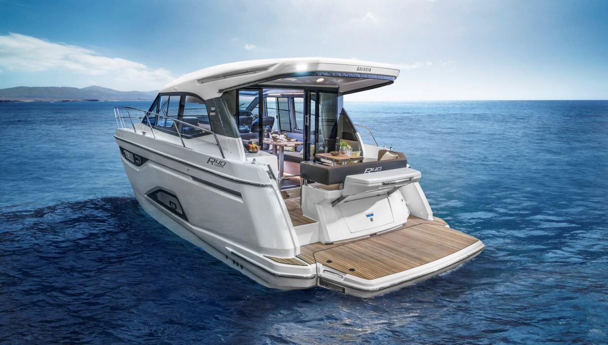 2019 Bavaria R40 Coupe for sale in Southampton by Clipper Marine Spain