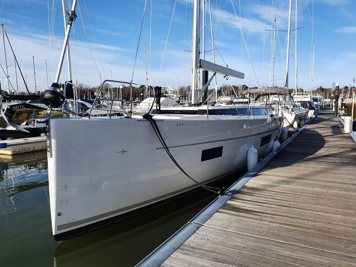 2020 Bavaria C50 for sale in Swanwick by Clipper Marine Spain