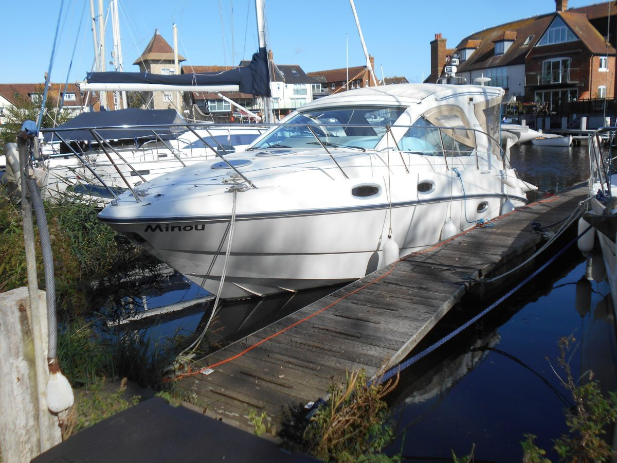 2005 Sealine SC29 for sale in Poole by Clipper Marine Spain