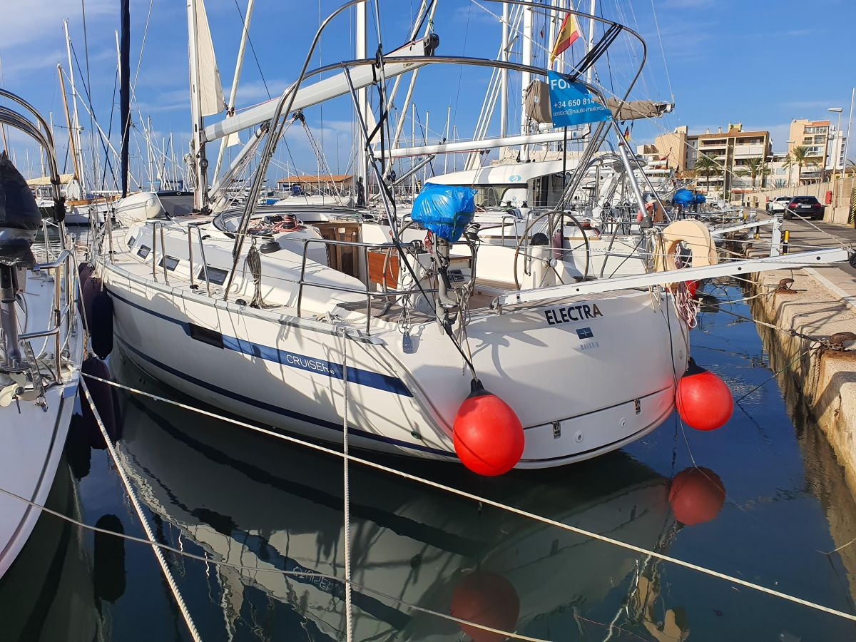 2013 Bavaria 40 Cruiser Voyager  for sale in Badalona by Clipper Marine Spain