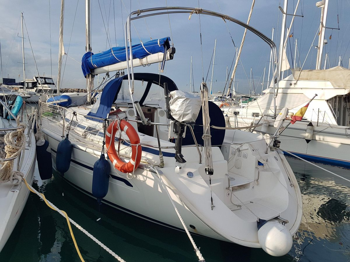 2002 Bavaria 36 Cruiser for sale in Palma de Mallorca by Clipper Marine Spain