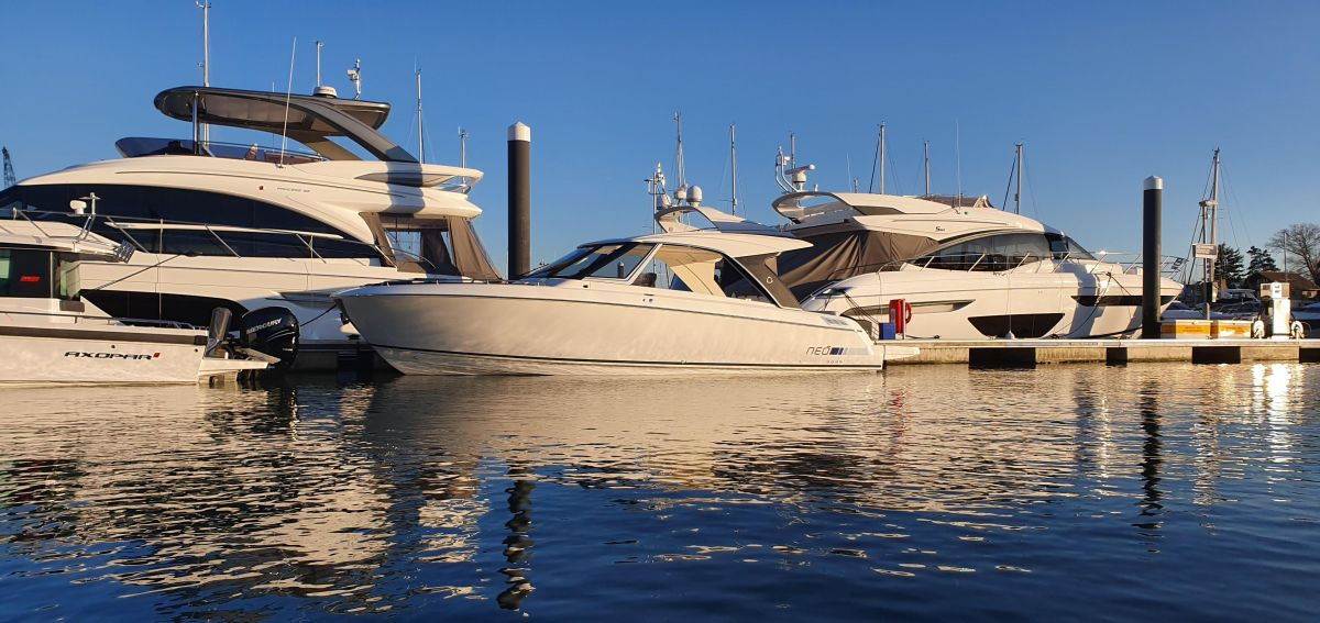 2019 Greenline Neo HT for sale in Palma de Mallorca by Clipper Marine Spain
