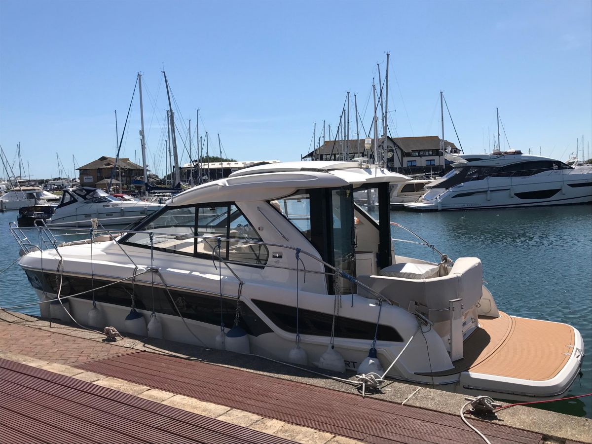 2015 Bavaria Sport 360 Coupe for sale in Port Solent by Clipper Marine Spain