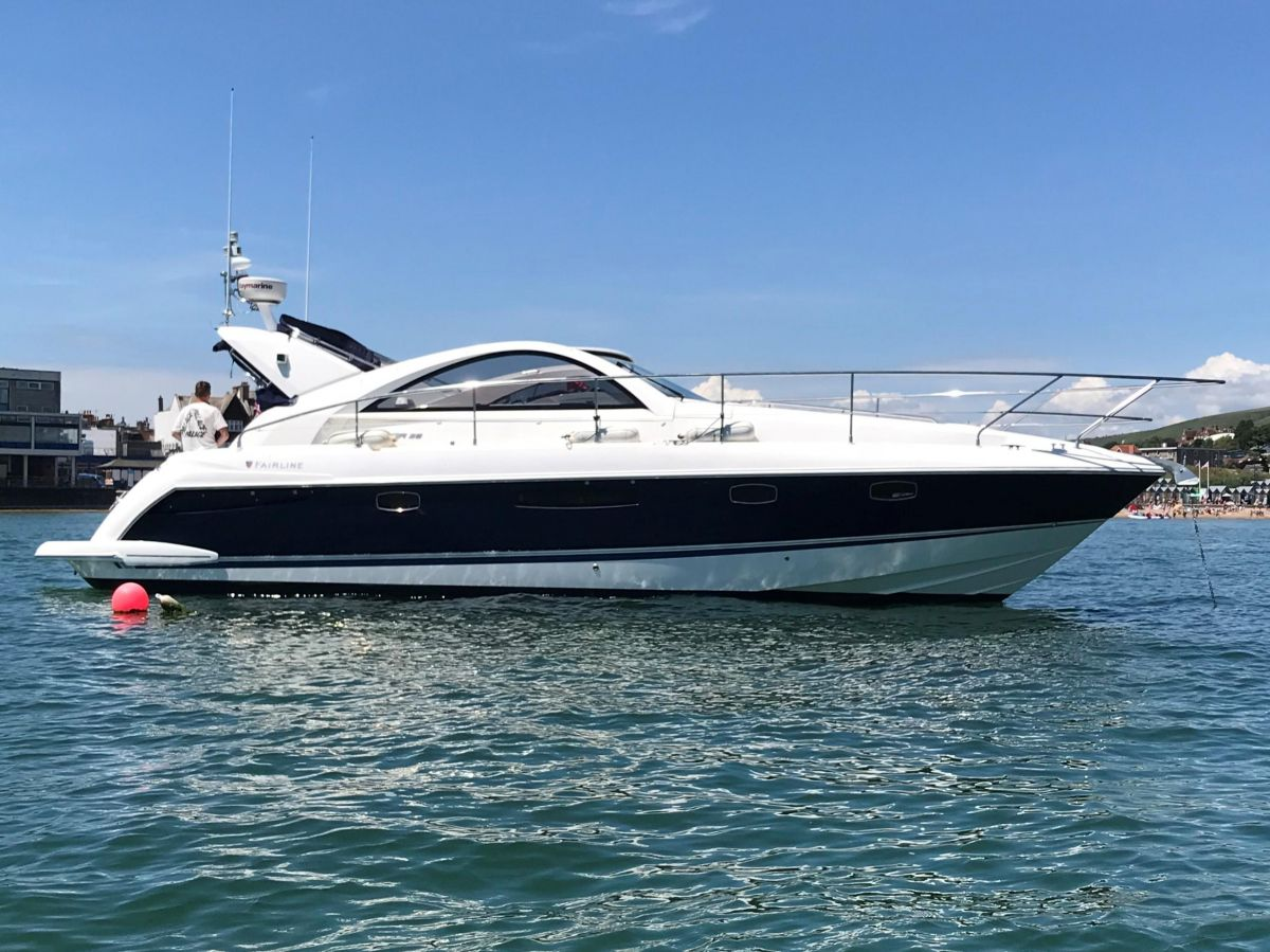 2007 Fairline Targa 38 for sale in Poole by Clipper Marine Spain