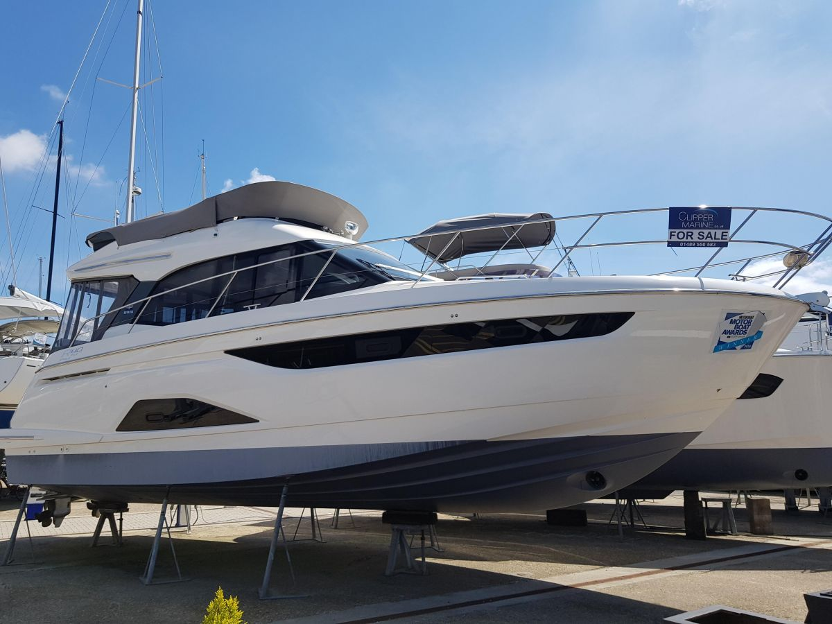 2018 Bavaria R40 Fly for sale in Palma by Clipper Marine Spain